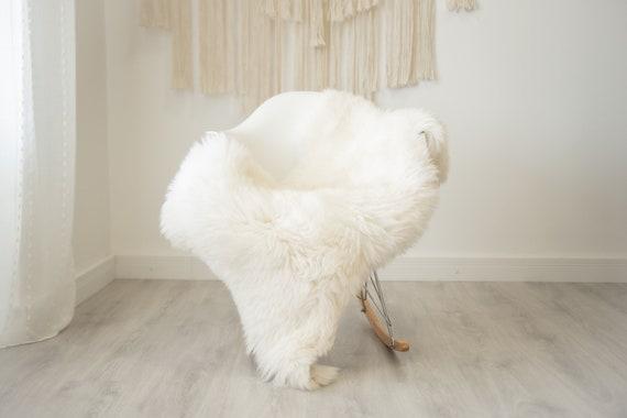 Real Sheepskin Rug Shaggy Rug Chair Cover Scandinavian Home Sheepskin Throw Sheep Skin Creamy White Sheepskin Home Decor Rugs #herdwik335
