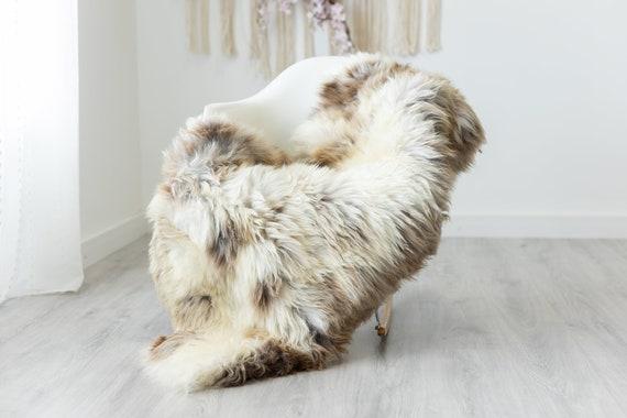 Real Sheepskin Rug Shaggy Rug Chair Cover Scandinavian Home Sheepskin Throw Sheep Skin Brown White Sheepskin Home Decor Rugs #herdwik228