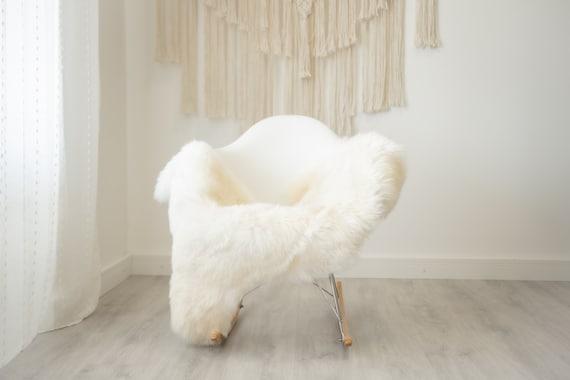 Real Sheepskin Rug Shaggy Rug Chair Cover Scandinavian Home Sheepskin Throw Sheep Skin Creamy Sheepskin Home Decor Rugs #herdwik327