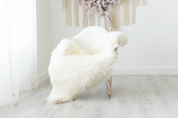 Real Sheepskin Rug Shaggy Rug Chair Cover Scandinavian Home Sheepskin Throw Sheep Skin Brown Ivory Sheepskin Home Decor Rugs #herdwik237