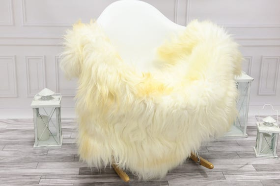 Icelandic Sheepskin | Real Sheepskin Rug | Ivory Sheepskin Rug | Fur Rug | Christmas Decorations #islsept24