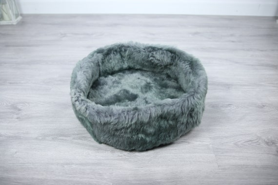 Sheepskin Cat bed | Sheepskin Dog bed | Cat Pouf | Dog Pouf | Sheepskin Cat Mat | Dog Mat | Pet Bed | Fur Pet Bed