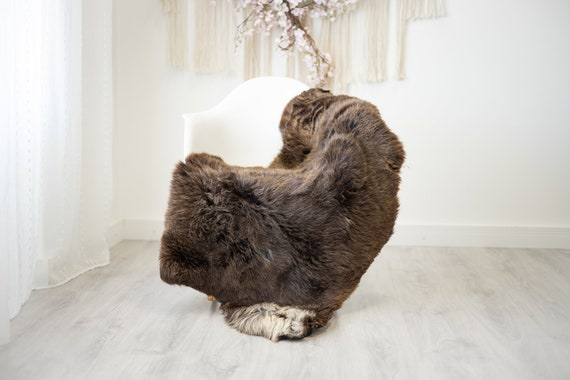 Real Sheepskin Rug Shaggy Rug Chair Cover Scandinavian Home Sheepskin Throw Sheep Skin  Ivory Brown Sheepskin Home Decor Rugs #herdwik260