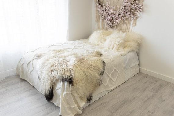 Double Icelandic Beige Black Sheepskin Rug | Long rug | Shaggy Rug | Chair Cover | Area Rug | Double Rug | Icelandic Sheep skin #2pol8