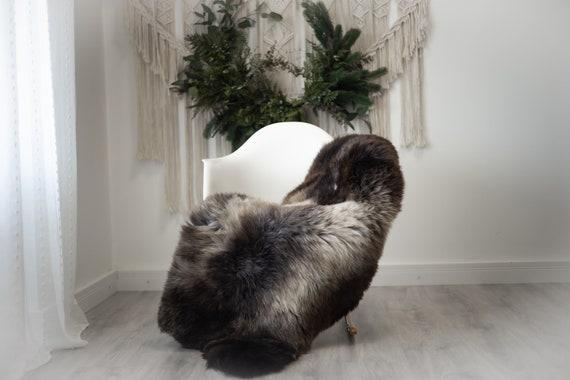 Real Sheepskin Rug Shaggy Rug Chair Cover Scandinavian Home Sheepskin Throw Sheep Skin Brown White Sheepskin Home Decor Rugs #herdwik366