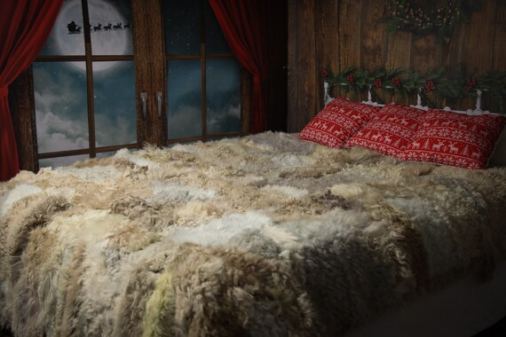 Luxurious Toscana Sheepskin Real Fur Bed Spread Throw Real Fur Blanket Sheepskin throw Sofa Cover Luxury Blanket Comforter Boho Curly Fur
