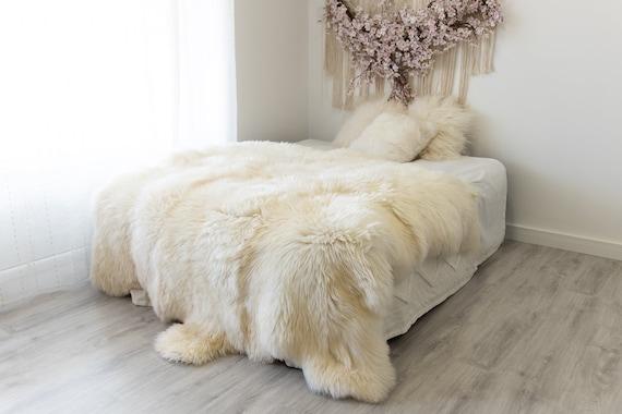 Real Fur Sheepskin Throw | Super Large | Sheepskin Rug | Boho Blanket | Merino Sexto sheepskin Made Of 6 Sewn Sheepskins | Scandinavian Home