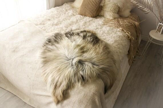 Real Icelandic Sheepskin Rug Scandinavian Decor Sofa Sheepskin throw Chair Cover Natural Sheep Skin Rugs Ivory Black Fur Rug #Islbeau11