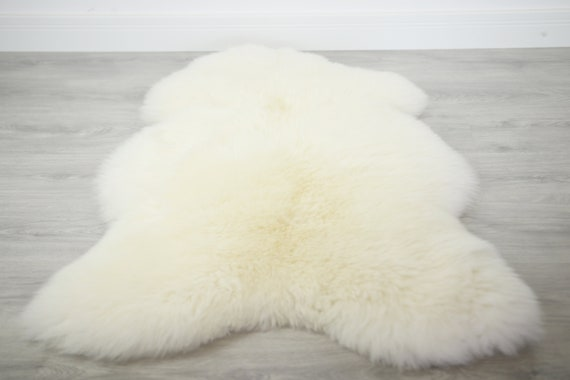 Real, Natural, Genuine Creamy White Sheepskin Rug Scandinavian Design Sheepskin Cover Sheep Skin Throw
