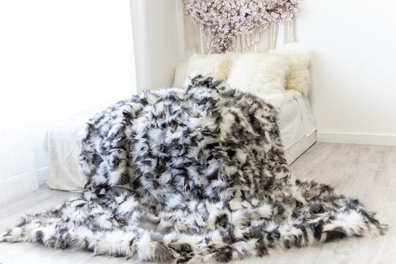 Rare Exclusive Genuine Natural Fox Rug, Pelt, soft l Real Fox Throw Real Fox Blanket| Exclusive Throw Black Fox Throw Scandinavian Decor XXL