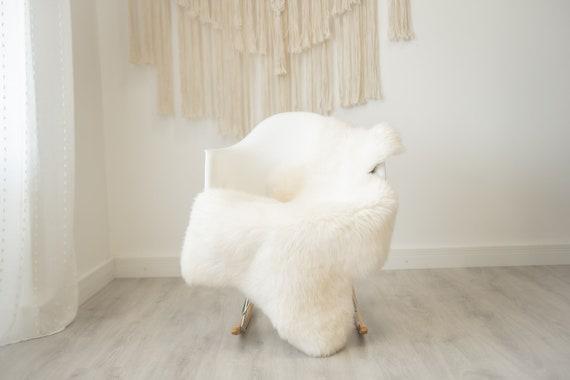 Real Sheepskin Rug Shaggy Rug Chair Cover Scandinavian Home Sheepskin Throw Sheep Skin Creamy White Sheepskin Home Decor Rugs #herdwik333
