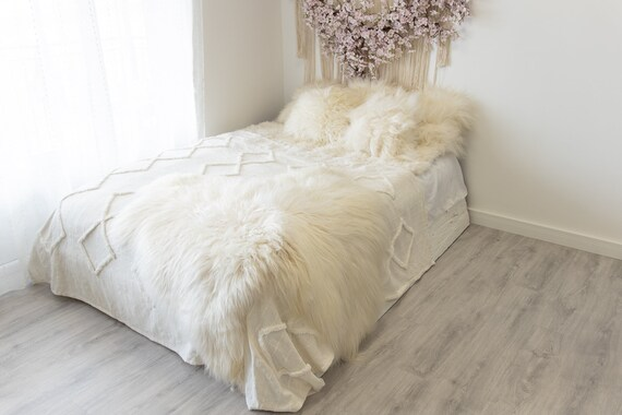 Double Icelandic Ivory Sheepskin Rug | Long rug | Shaggy Rug | Chair Cover | Area Rug | Double Rug | Icelandic Sheep skin #2pol7