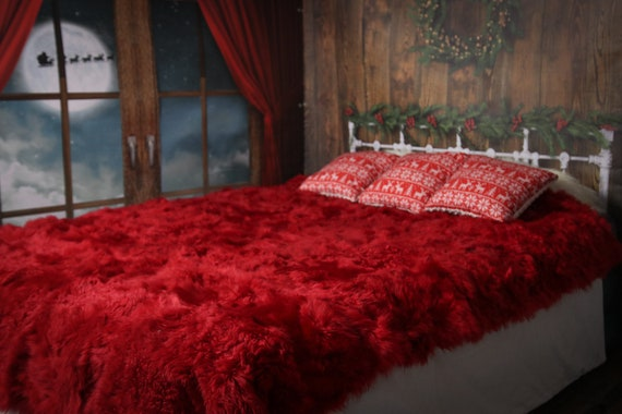 Luxurious Toscana Sheepskin Real Fur Bed Spread Throw Real Fur Blanket Sheepskin throw Sofa Cover Luxury Blanket Comforter Red Christmas