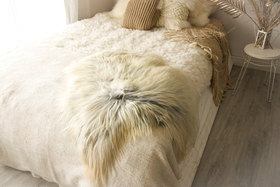 Real Icelandic Sheepskin Rug Scandinavian Decor Sofa Sheepskin throw Chair Cover Natural Sheep Skin Rugs Ivory Gray Fur Rug #Islbeau4