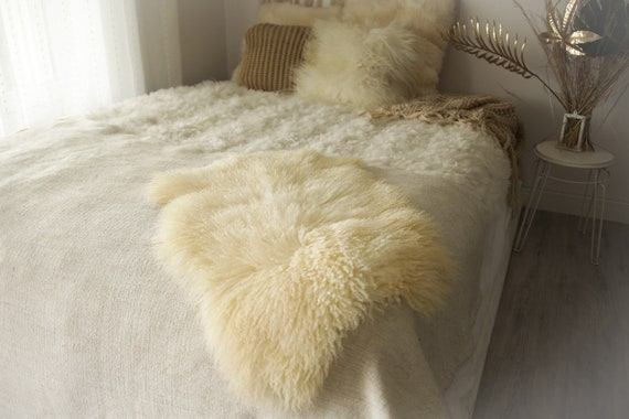 Real Sheepskin Rug Genuine Rare Gotland Sheepskin Rus - Curly Fur Rug Scandinavian Sheepvskin - White Ivory Sheepskin #0Margot3