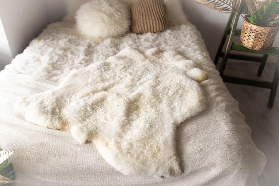 Real Sheepskin Rug Genuine Rare Gotland Sheepskin Rus - Curly Fur Rug Scandinavian Sheep skin - White Sheepskin #Bohgot5
