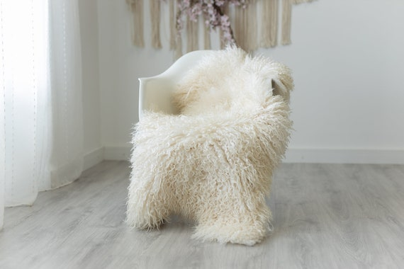 Real Sheepskin Rug Genuine Rare Gotland Sheepskin Rugs - Curly Fur Rug Scandinavian Sheep skin - Creamy White Sheepskin #G10