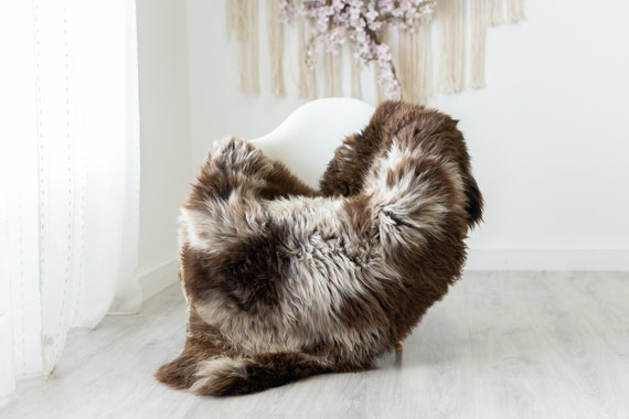 Real Sheepskin Rug Shaggy Rug Chair Cover Scandinavian Home Sheepskin Throw Sheep Skin Brown White Sheepskin Home Decor Rugs #herdwik241