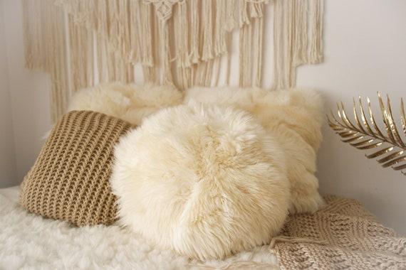 Sheepskin Fur Pillow, Real fur pillow, Round fur pillow, Round sheepskin pillow, White round pillow, scandinavian pillow, Both side fur