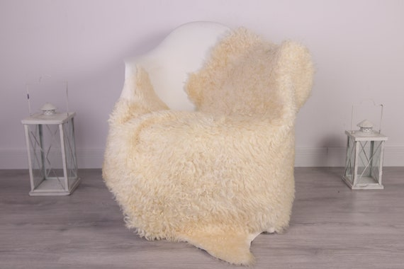 Gotland Sheepskin Rug | Curly fur Rug | Curly Sheepskin Rug | Curly Sheepskin | Christmas Decor | HERDZ9