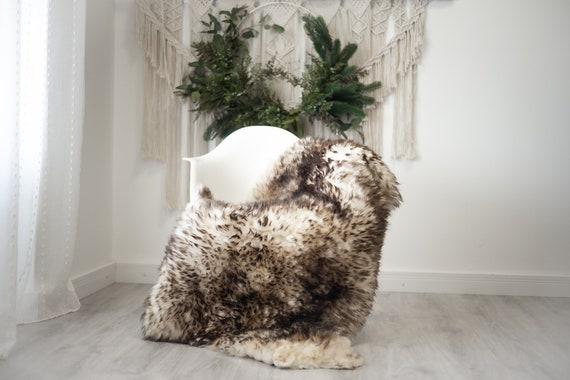 Real Sheepskin Rug Shaggy Rug Chair Cover Scandinavian Home Sheepskin Throw Sheep Skin Brown White Sheepskin Home Decor Rugs #herdwik367