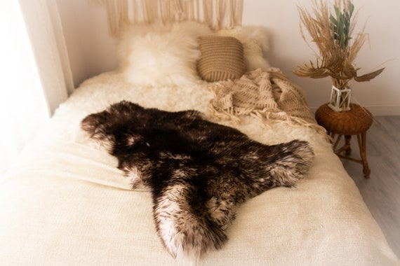 Real Sheepskin Rug Shaggy Rug Chair Cover Sheepskin Throw Sheep Skin White Black Tips Sheepskin Scandinavian Home Decor Rugs #Nuher20