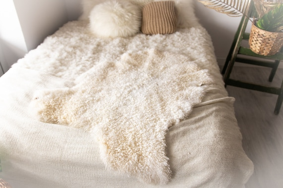 Real Sheepskin Rug Genuine Rare Gotland Sheepskin Rus - Curly Fur Rug Scandinavian Sheep skin - White Sheepskin #Bohgot9