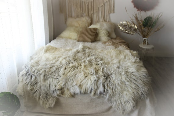 Sheepskin Rug | Long rug | Shaggy Rug | Chair Cover | Runner Rug | Carpet | Gray Sheepskin | Sheepskin Rug | Gutszyt2