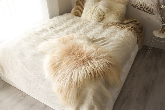Real Icelandic Sheepskin Rug Scandinavian Decor Sofa Sheepskin throw Chair Cover Natural Sheep Skin Rugs Ivory Beige Fur Rug #Islbeau27