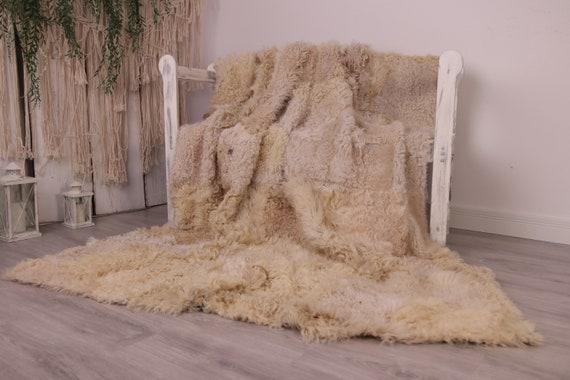 Luxurious Gotland Sheepskin Real Fur Bed Spread Throw Real Fur Blanket Sheepskin throw Sofa Cover Luxury Blanket Comforter Beige Curly Fu28