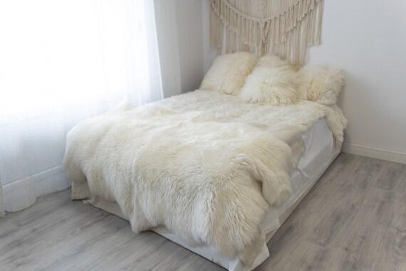 Real Fur Sheepskin Throw | Super Large | Sheepskin Rug | Boho Blanket | Merino Quatro Sheepskin Creamy White