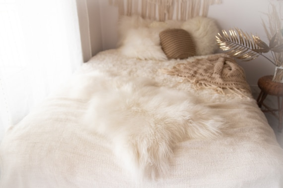 ON SALE Exclusive Genuine Natural Icelandic Sheepskin Rug, Pelt, super soft long fur  Large Sheepskin Throw White Sheep Skin