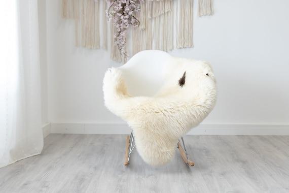 Real Sheepskin Rug Shaggy Rug Chair Cover Scandinavian Home Sheepskin Throw Sheep Skin Brown White Sheepskin Home Decor Rugs #herdwik198