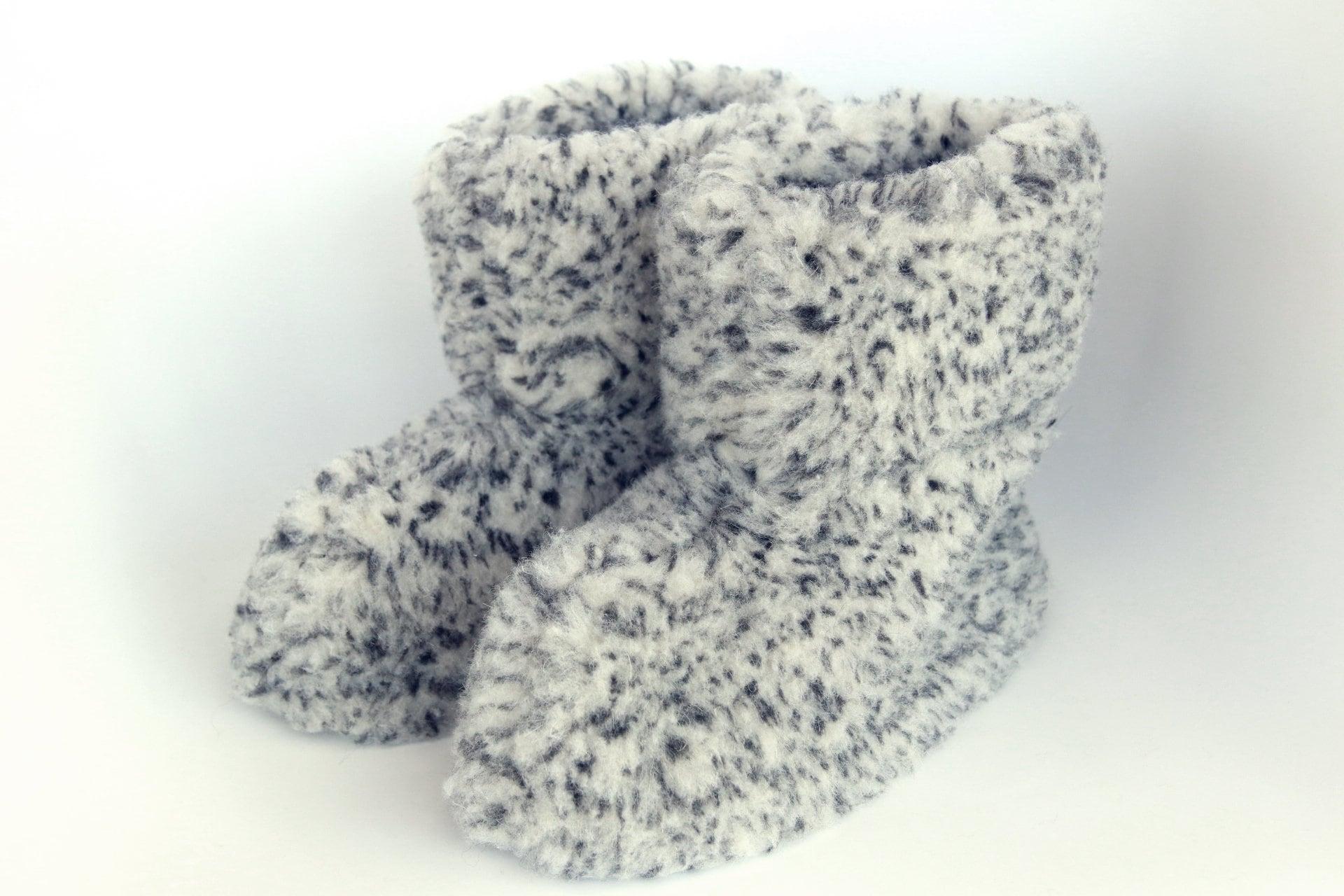 3434459f514044 Real Wool Slippers | Sheepskin Slippers | Medical Slippers | Women Men  Slippers | Warm slippers | Christmas Gift | Furry slippers. 1