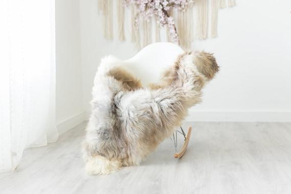 Real Sheepskin Rug Shaggy Rug Chair Cover Scandinavian Home Sheepskin Throw Sheep Skin Brown White Sheepskin Home Decor Rugs #herdwik235