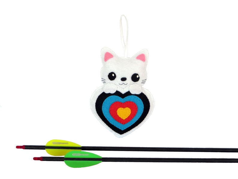 Archery plush for quiver cat in a target in felt handmade image 0