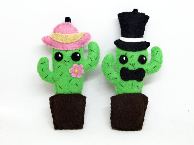 Kawaii cactus decoration Mr. and Mrs. cactus in felt image 0