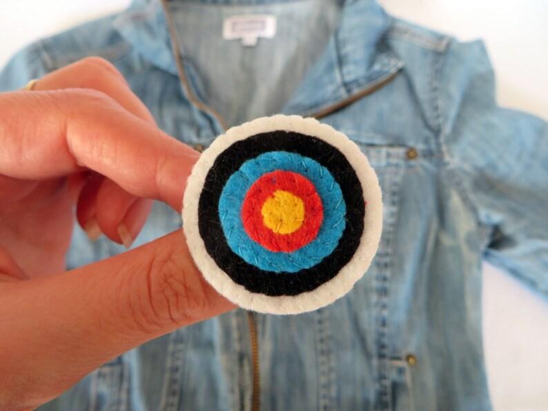 Archery target brooch in felt handmade archery lover gift image 0