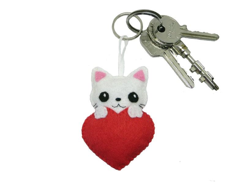 Cat keychain kawaii in a heart in felt handmade mothers image 0