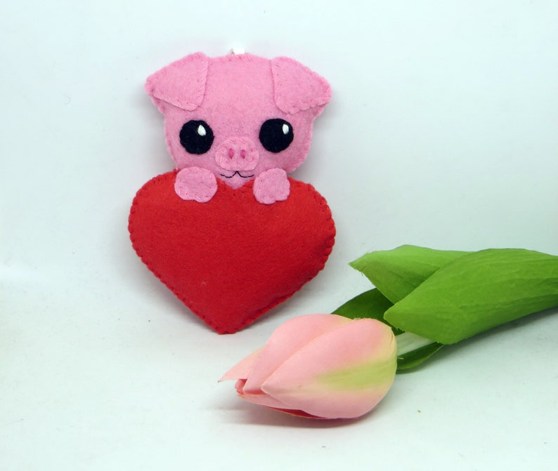 Pig plush kawaii in a heart in felt handmade to hang image 0
