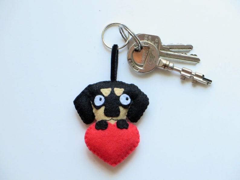 Dog keychain dachshund kawaii in felt handmade dog mom image 0