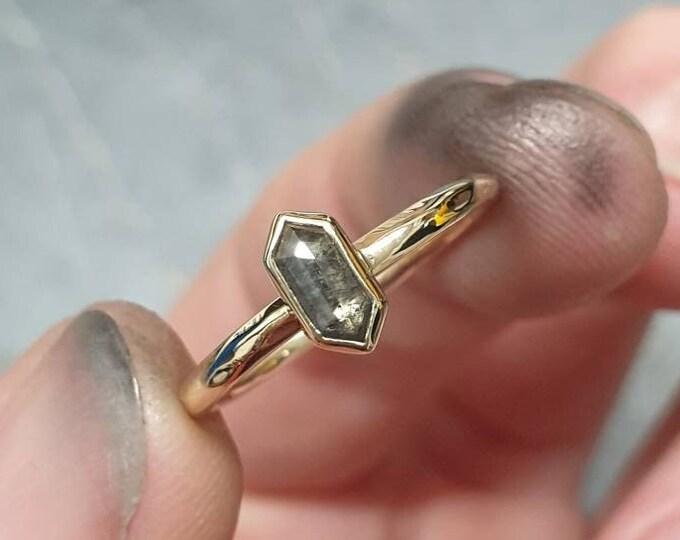Featured listing image: Diamant Ring / 14 karaat goud