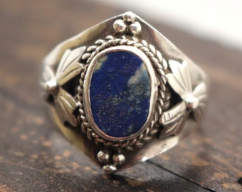 Vintage Ring Silver Lapis Lazuli Blue Stone Sterling 925 Statement Jewelry US sz 8 UK sz P-Q Weight 4.7grams VTG Jewelry ca 1990s