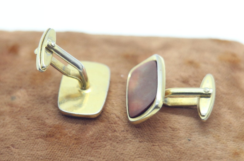 Vintage Mens Cufflinks Gold Tone Elegant Mother Of Pearl 1970s Retro Mens Jewelry Wedding Stylish Gift for Him Man Men Fathers Day Groom
