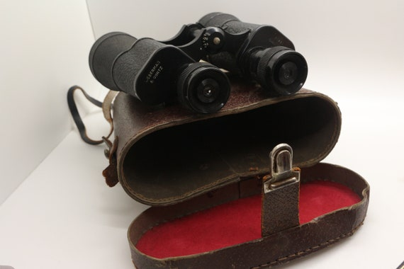 Binoculars Lieberman & Gortz 20x45 Coated Lenses, medium to full size,  field binoculars, Vintage with leather box/case. Militaria