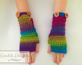 Crochet pattern - Charmed Gauntlets - fingerless gloves with pockets for fall or winter