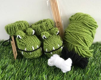 Crocodile baby booties knitting kit baby gift knitting pattern baby clothes baby boots baby shoes knit diy animal bootees