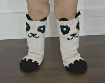 KNITTING PATTERN - Little Panda Socks