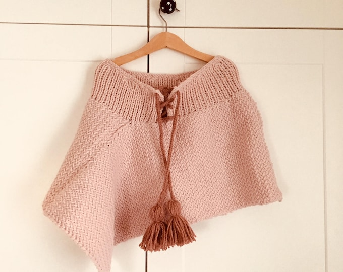 KNITTING PATTERN - The Lilly Cape