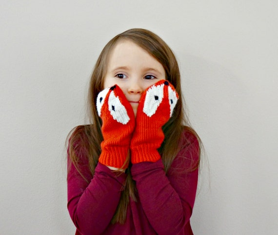 KNITTING PATTERN - Little Foxy Mittens